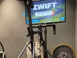 世界で大人気のライドアプリ【ZWIFT】を楽しもう!