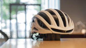 これからの暑い夏に!涼しくて軽量なS-works Prevail Ⅱ Vent ヘルメットがおすすめです!