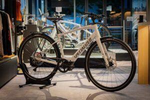 街乗りに最適なe-クロスバイク、Vado SL 4.0 EQが入荷致しました!